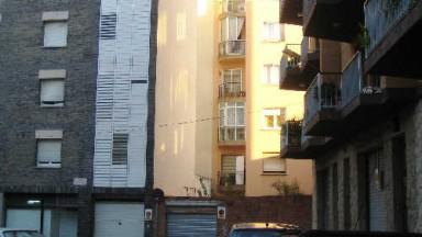 Solar urbano en venta, situado en Figueres,  con una sup.165m²
