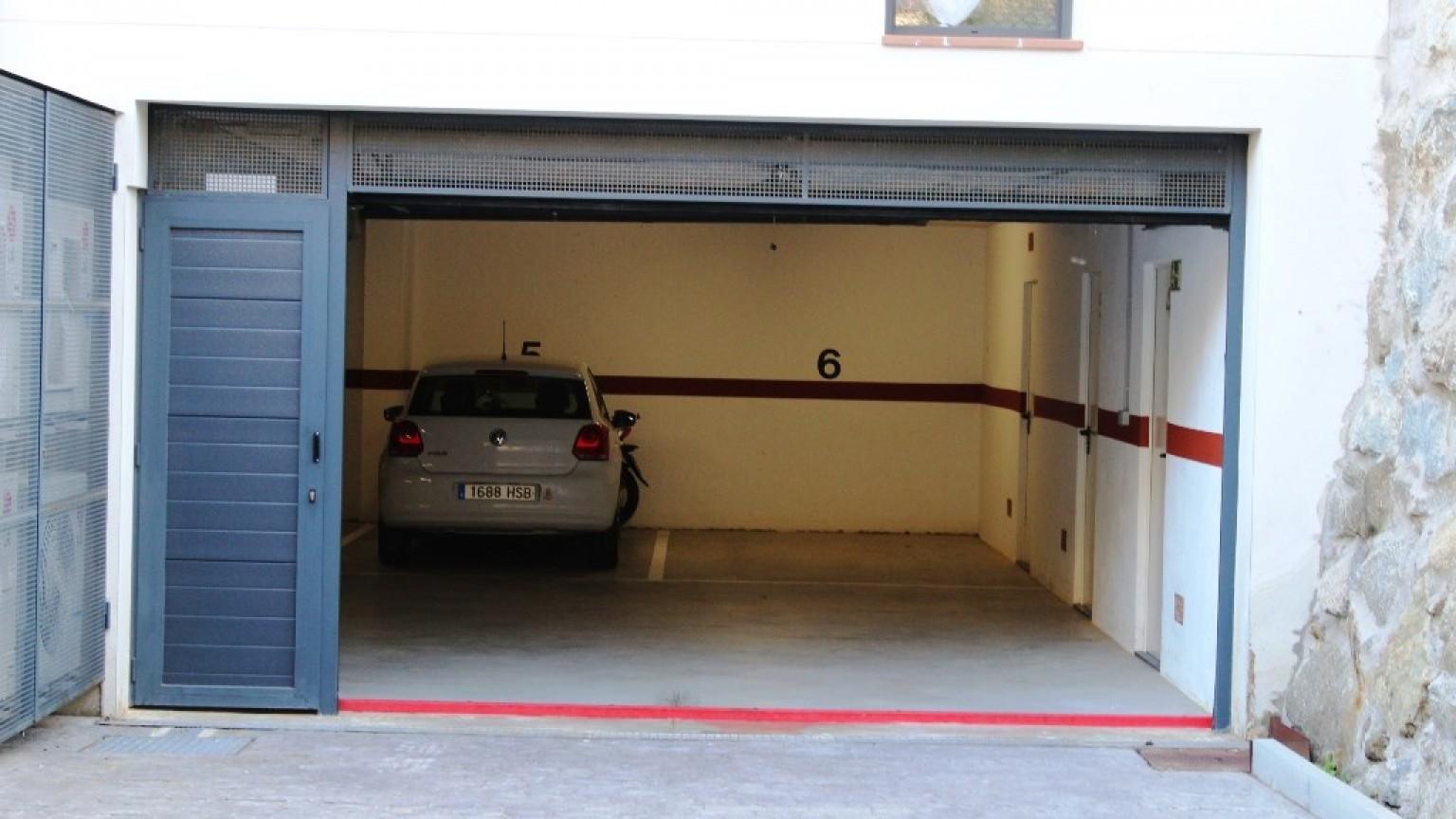 Plaza de aparcamiento en alquiler en Les Tonyines
