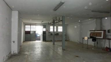Local comercial en la zona Poble Nou. Sup.180m².