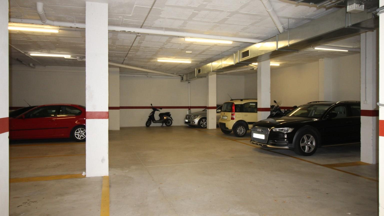 Plaza de parking en venta en el Port de Llançà